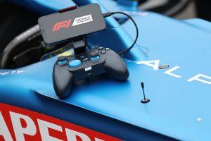 【ニュース】Lightning接続の有線型ゲームコントローラーが ROTOR RIOTとアルピーヌF1チームのコラボデザインで発売